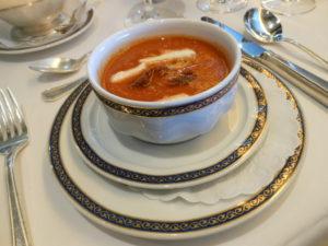 Holland America: Gourmet Food & Gourmet Service