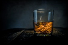 scotch-on-wooden-background